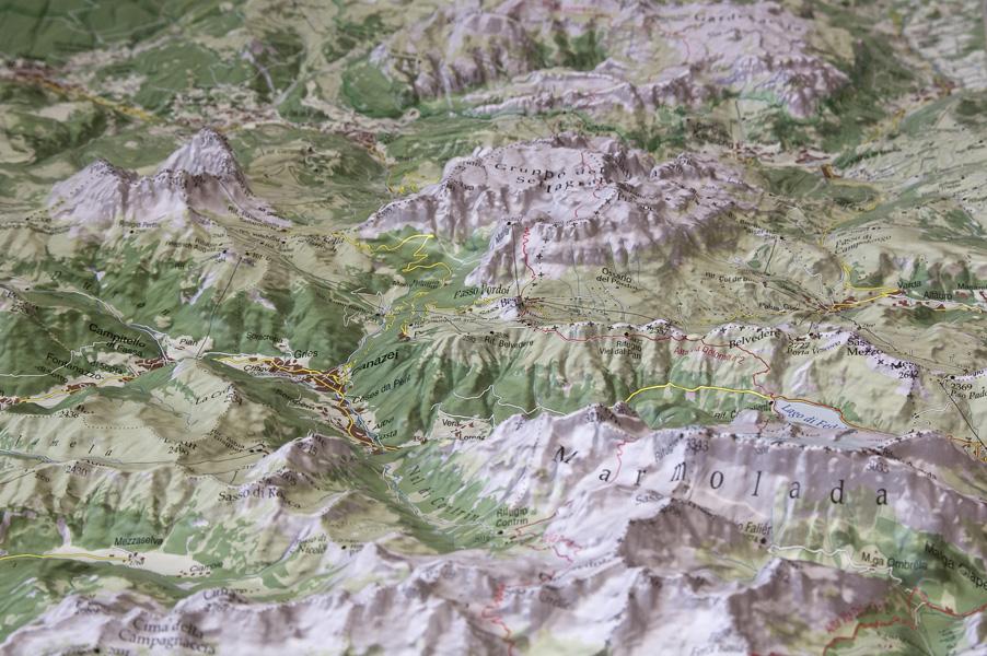 Cartina 3d Alpi.Carte In Rilievo E Plastici